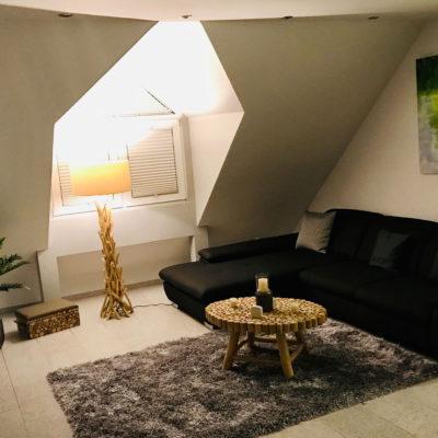 Eigentumswohnung-Wohnzimmer-Roesrath-Lunz-Immobilien